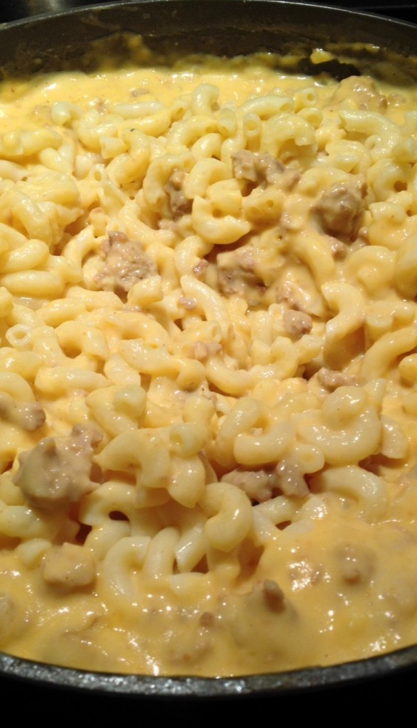 Easy Cheesy Turkey Macaroni