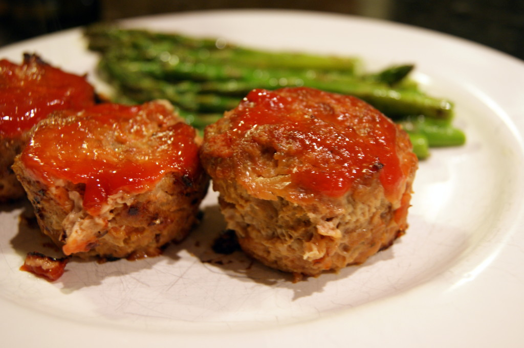 Muffin Tin Turkey Meatloaves with a delicious tomatoey glaze.
