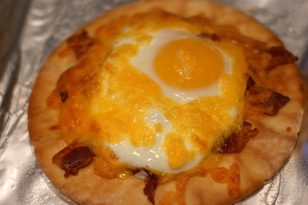Cheddar, Bacon and Egg Breakfast Pizza